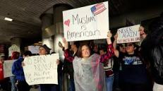 airportprotest1